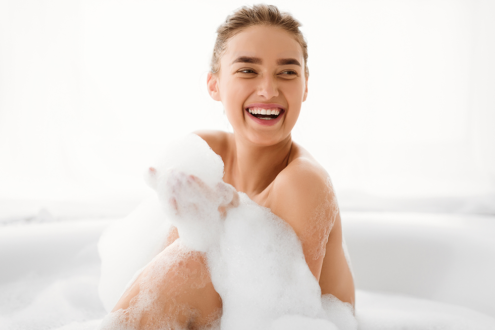 """体を洗うグッズを活用して、乾燥知らずの""""うるおい肌""""へ!"""